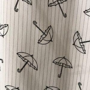 Express Tops - Express Portofino umbrella patterned blouse